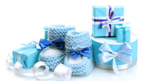 親戚や兄弟、職場の同僚など2人目の出産祝い。上の子とお揃いのグッズや相場など