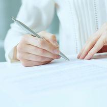 育児休業給付金支給申請書の記入例を説明。初回と2回目以降の書き方は?