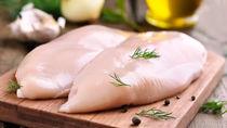 離乳食で使うささみの下ごしらえの方法。ささみの保存方法や離乳食段階別の簡単レシピ