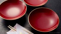 お食い初めの食器は?女の子の色や普段使いできる木製や陶器の食器など盛り付け方