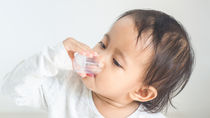 【小児科医監修】解熱剤やシロップなど赤ちゃん、子どもの薬の飲ませ方