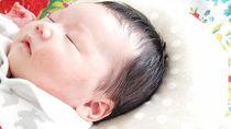 新生児や赤ちゃんのドーナツ枕はいつからいつまで?おすすめの選び方や使うときの注意点
