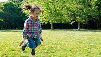 子どもに教える縄跳びの跳び方。技の名前や教え方のコツ