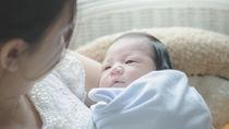 産後に着る退院時のママの服装。赤ちゃんに着せた服と季節にあわせて選んだもの