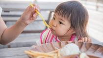産後に子どもと外食したいときはどうする?子どもを預けて外食するときの工夫