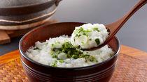 土鍋で作る七草粥。家族が喜ぶアレンジレシピと子どもが食べやすくなるアイデア