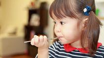年少の子どもが喜ぶお弁当。おにぎりやオムライスなどシーン別に作ったメニュー