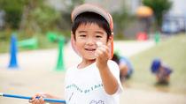 「教える」より「学ぶ」。主体性のある子どもを育てる環境の作り方