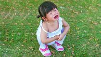 赤ちゃんが靴を嫌がるときや泣くとき。歩かないときにしたママたちの対策方法