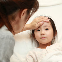 【小児科医監修】インフルエンザで園をお休み。登園基準や再受診の目安