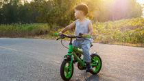 子ども自転車のサイズ。身長にあった選び方やペダルなしなどの種類