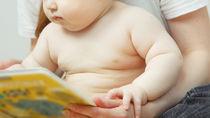 1歳児向けの絵本の種類。読み聞かせのポイントや興味を持つための工夫