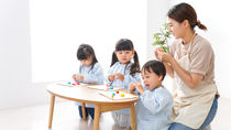 幼稚園の登園時間やお迎え時間は何時?幼稚園での時間割や活動内容