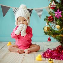 赤ちゃんとの初めてのクリスマス。女の子に贈るプレゼントの選び方