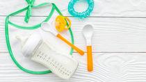 母乳育児でも哺乳瓶は必要?選び方やあげ方、哺乳瓶の練習方法など