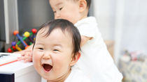 双子育児で使う抱っこ紐。選ぶときのポイントや抱っこするときの工夫