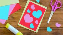 バレンタインデーにカードなど幼児向けの簡単な工作をしよう
