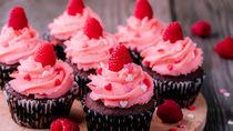 バレンタインのカップケーキ作り。おしゃれなラッピングのアイデア