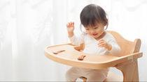 1歳の子どもの椅子の選び方。考えたいポイントや嫌がるときの工夫