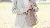 入園式のママの服装にあわせるバッグ。アクセサリーや靴などの選び方