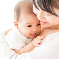 妊娠中・子育て中の肌トラブルに!ママが選ぶ効果的なスキンケア