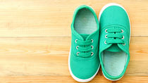 子どもの靴の選び方。ママたちが選んだ紐ありや紐なし靴など