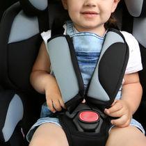 ジュニアシートは2歳から使える?チャイルドシートとの違いや選ぶポイント