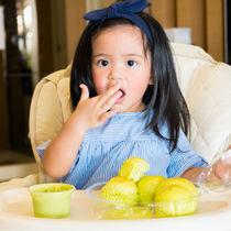 2歳児の椅子選び。椅子の高さなどポイントや座れないときの工夫
