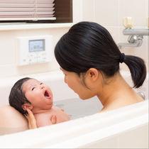 乳児とお風呂に入るとき。入れ方の手順や入る前に確認したこと