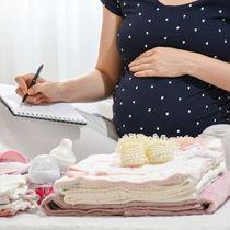出産の入院準備はいつから?持ち物リストやあると便利なものなど