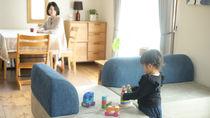 家族の暮らしに寄り添う、レイアウト自在のカウチソファ「ベルガモ」