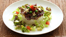ドライカレーに合う付け合わせレシピ。スープなど、子どもが食べやすいメニュー