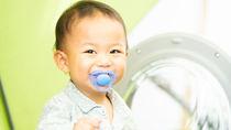 【小児科医監修】おしゃぶりって効果あるの?おしゃぶりの効果的な使い方と注意点