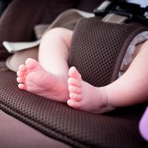 新生児の赤ちゃんにベビーカークッションは必要?いつまで使うのか