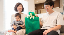 30代のお父さんへの誕生日プレゼント。選び方や渡すときの工夫など
