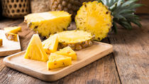 離乳食にパイナップルはいつから?作るときのポイントやレシピなど