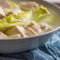 離乳食後期のかつおだしを使ったレシピ。基本の取り方や冷凍保存の仕方