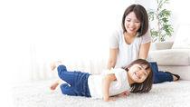 一人っ子のいる共働き家庭のすごし方。親子で接している時間など