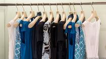 授乳期に赤ちゃんと結婚式へ行くときの服装。選び方や意識したこと