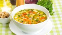 【離乳食中期】スープのアレンジレシピ。味付けや赤ちゃんに食べさせる量