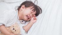 【小児科医監修】夜泣きの理由と対策方法。新生児から3歳の年齢別の理由