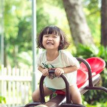 子どもと夏の外遊びを楽しもう。時間帯や服装など遊ぶときのポイント