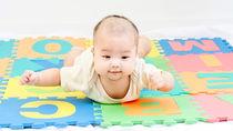 赤ちゃんの寝返り用マットレスの選び方。種類や選ぶときのポイント