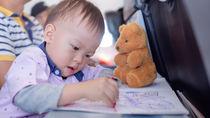 電車や飛行機で使える赤ちゃんのおもちゃとは?気をつけたいマナー