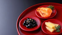 おせち料理の基本をおさらい!意味や盛り付け方などを調査