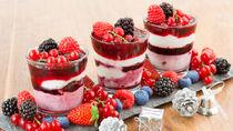 子どもとクリスマスパフェを手作りしよう。準備や作り方のポイント