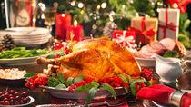 クリスマスチキンの簡単レシピ。クリスマスらしく作るポイントもご紹介