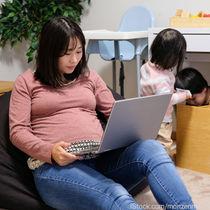妊娠中に勉強したい内容は?勉強するときの場所や時間、意識したこと