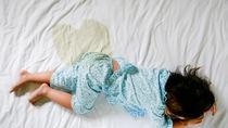 寝具についたおねしょの臭いをとりたいとき。用意した道具や掃除方法