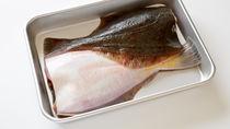 離乳食の白身魚はいつから?魚の種類や時期別の進め方とレシピ